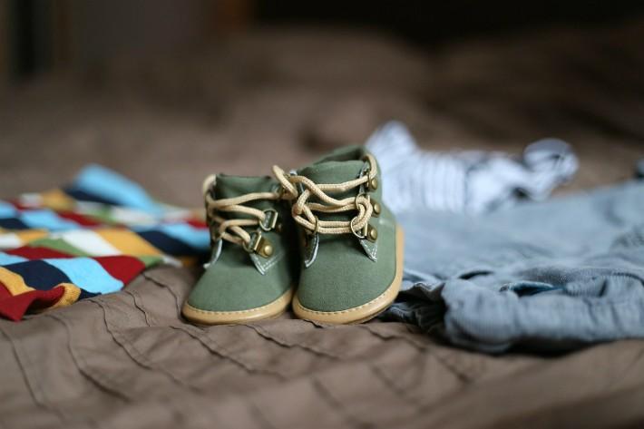 子供の靴のイメージ画像