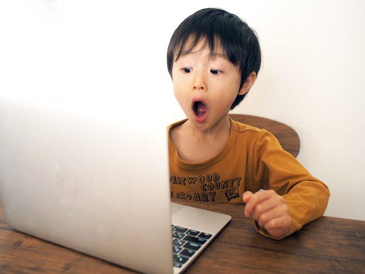 マンガやゲームが学びに変わる?自宅で学ぶ小学生向けプログラミングの紹介