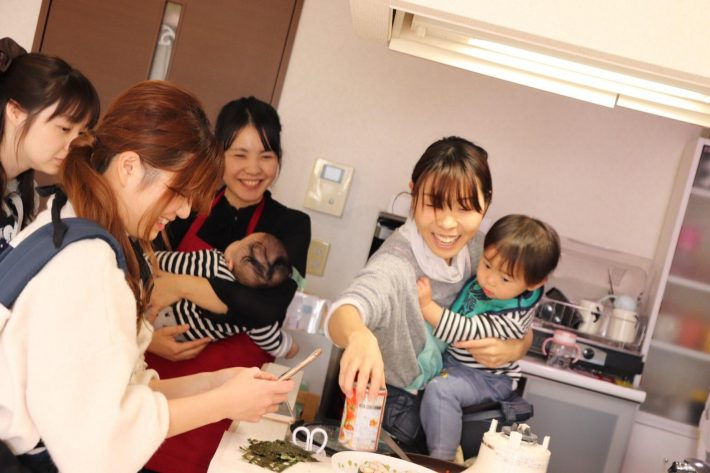 管理栄養士ママ伝授!家にあるもので簡単♪ 炊飯器で作るエビピラフ!